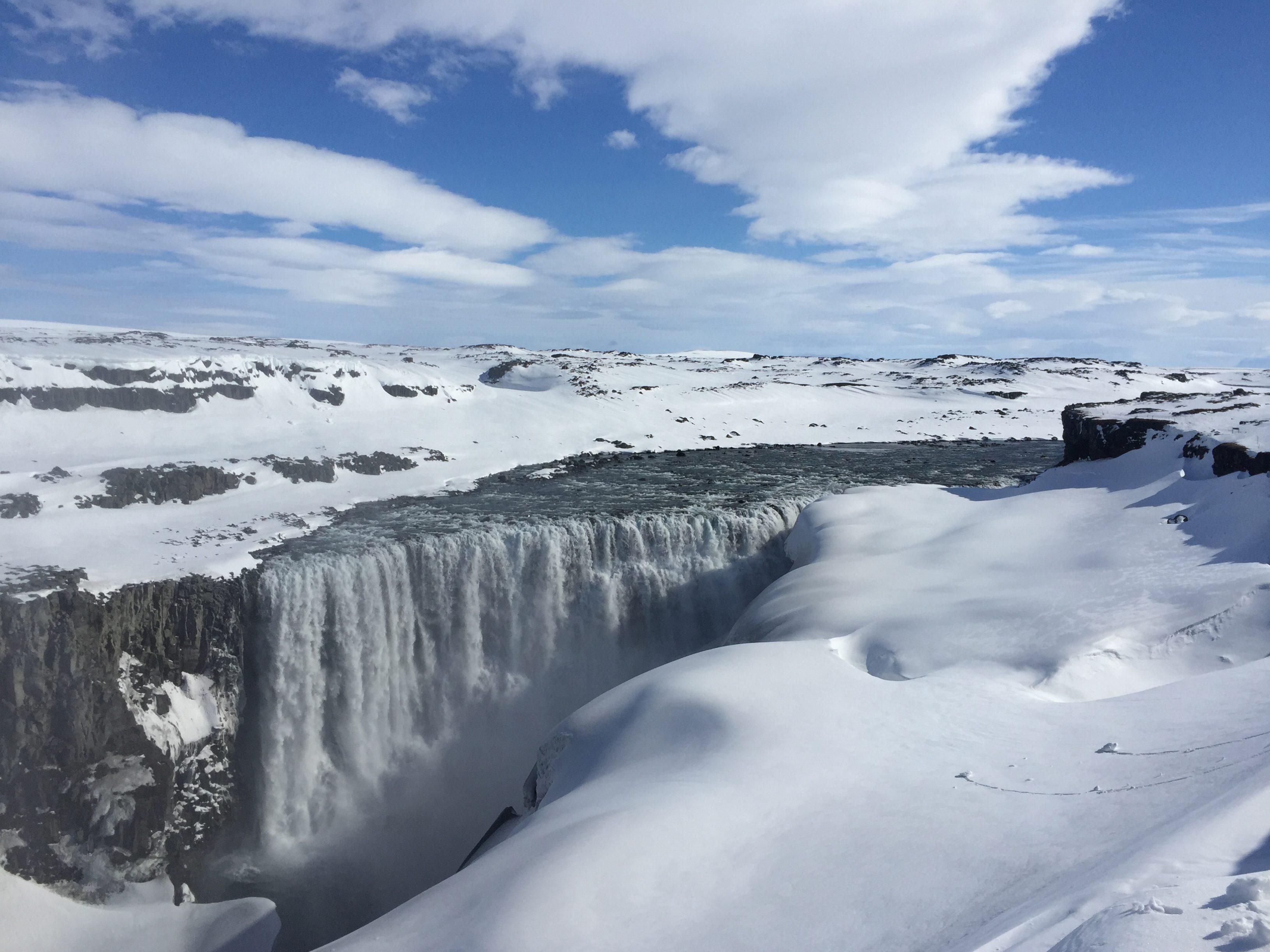 Ísland (II)